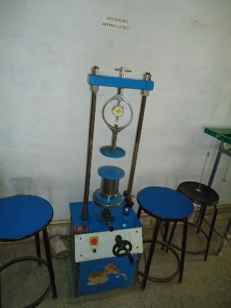 unconfined compression testing machine